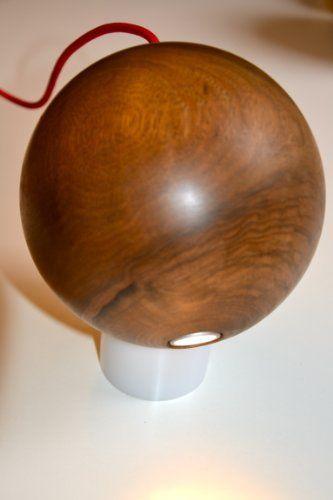 POLIFEMO lampada led, noce di silugi, http://www.amazon.it/dp/6041759406/ref=cm_sw_r_pi_dp_p.Edtb1JHT8GZ