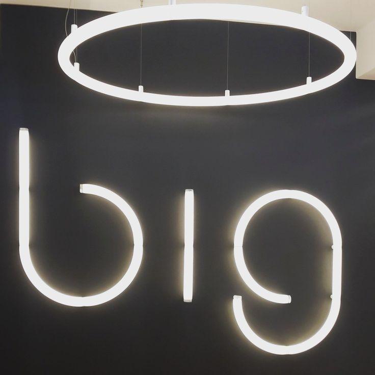 From @mimarizmcom on twitter BIG Mimarlık ofisinin Artemide için tasarladığı 'Alphabet of Light' aydınlatma fuarda sergilendi.  #MO16 #PDW16