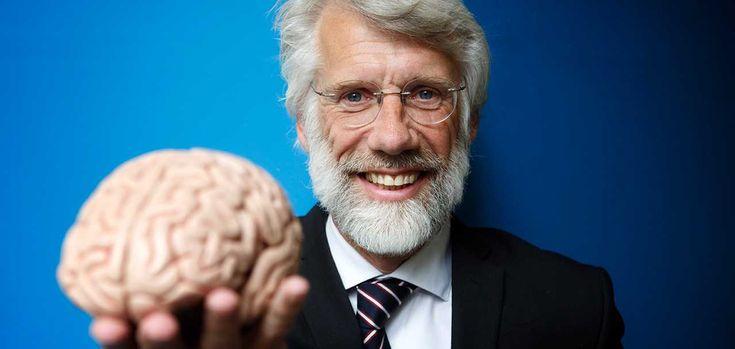 Hoe werkt kijken naar kunst? Professor Erik Scherder legt uit dat kijken naar kunst de hersenen van kinderen in beweging zet. Kunstbalie en Kunstgebouw maakten deze mooie film waarin professor Scherder uitlegt wat het brein doet als we naar kunst… Verder lezen
