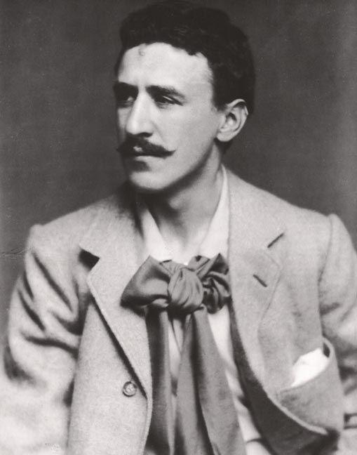 Mackintosh, Charles Rennie (1868-1928), architecte et designer britannique dont le style sobre et fonctionnel a exercé une forte influence sur l'architecture et le design d'intérieur du XXe siècle.