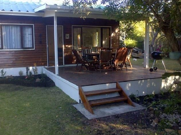 Lazy Days - Lazy Days is lovely wooden cottage situated in the coastal village of Nature's Valley, surrounded by the Tsistikamma National Park and the warm Indian Ocean.   This newly renovated cottage with an outside ... #weekendgetaways #naturesvalley #southafrica