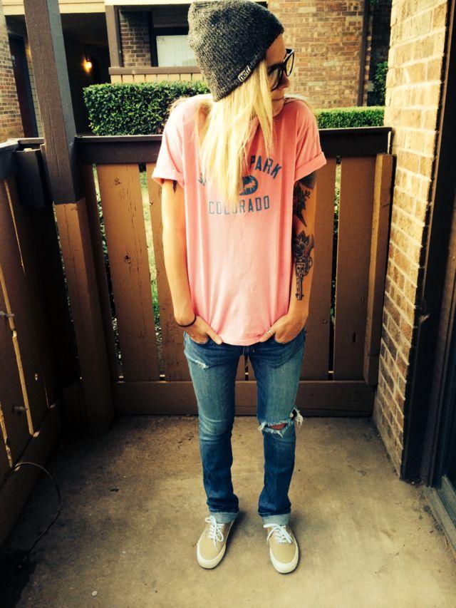 Best 25+ Lesbian outfits ideas on Pinterest   Tomboy clothes Tomboys and Androgynous fashion tomboy