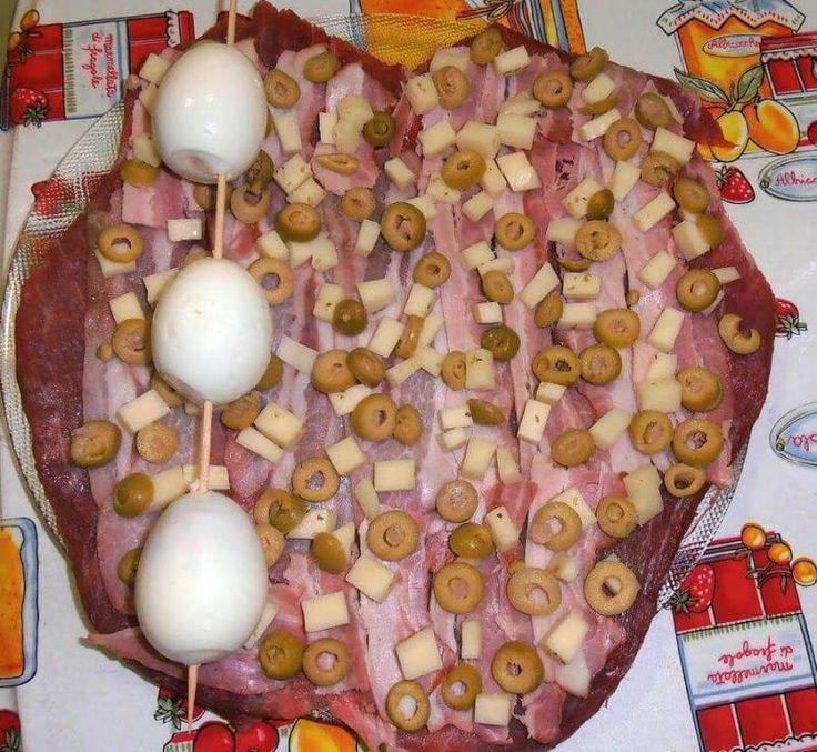 Receta paso a paso de aleta de ternera rellena, una receta tradicional que admite infinitud de variantes para adaptarla a tus gustos.