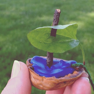 Little Acorn Learning: Waldorf Kindergarten Field Trip walnut shell, melted beeswax crayon and stick to hold the sail