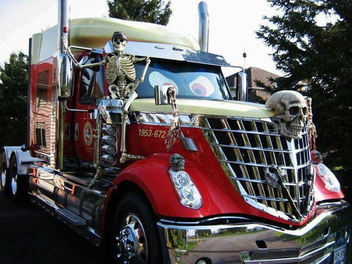 truck halloween skeleton skull curves lines vehicle. Black Bedroom Furniture Sets. Home Design Ideas