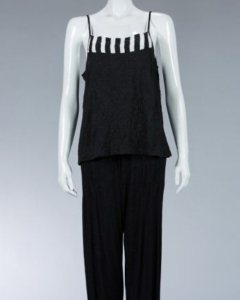 Casual top, small straps in the soulder, combination between plain color and stripes motifs. animale fashion animale.com
