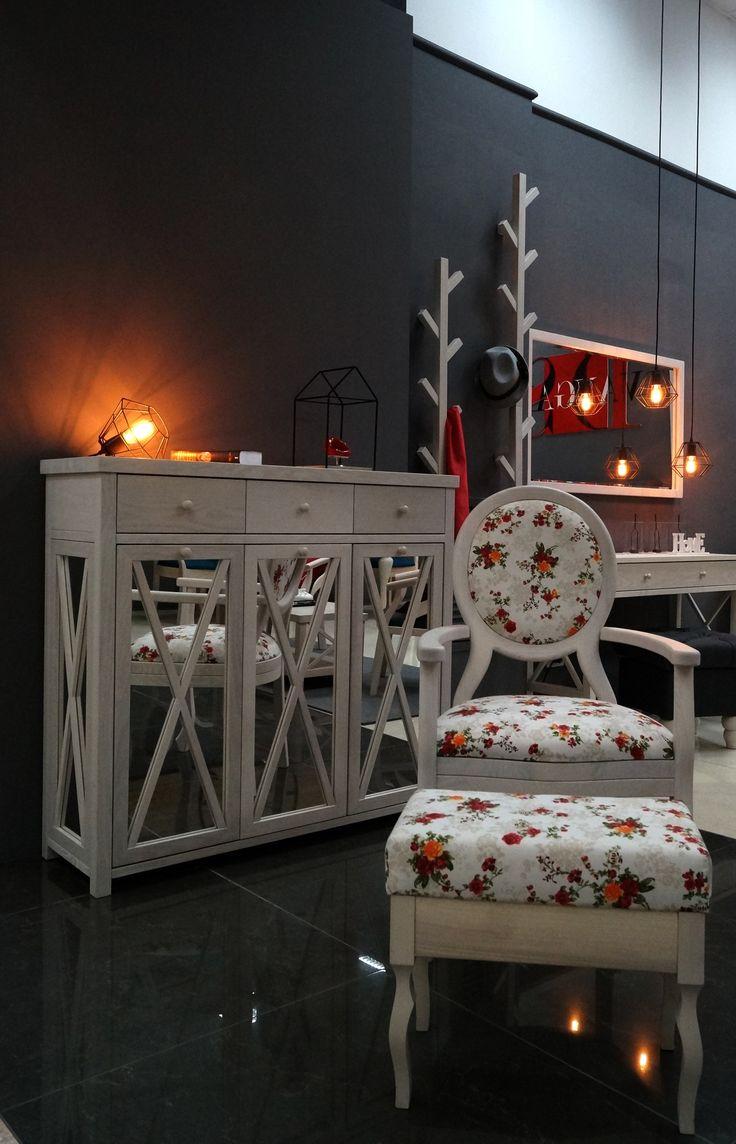 Витрина, креденс, комод Amelli. Дизайн мебели. Мебель от DS Avangard. Furniture from DS Avangard. Авторская мебель ДС Авангард
