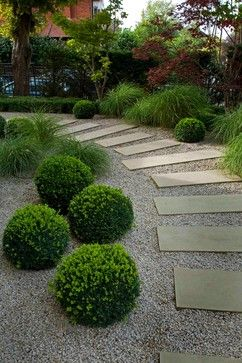 Simplicity in the Garden. Gravel, Stepping Stones and Boxwoods. :: Laara Copley-Smith Garden Landscape Design