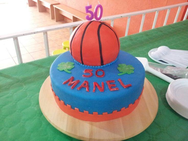 Para mi maridito :-D  50th Birthday cake. Basketball cake. Marzo 2014.