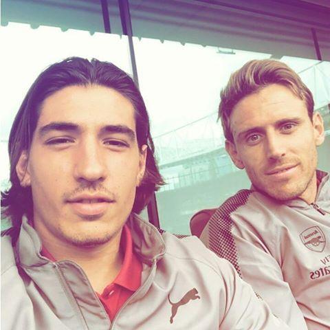 #Hector #Bellerin #Arsenal #COYG #Nacho #Monreal