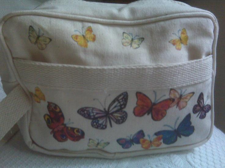 Beauty-case in tessuto con farfalle