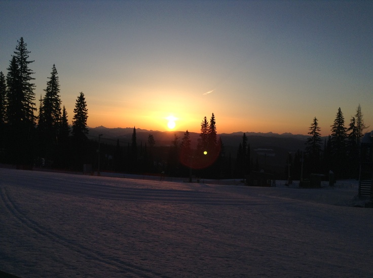 Mountainous sunrise at #SilverStar #clearskies, Just a beautiful place