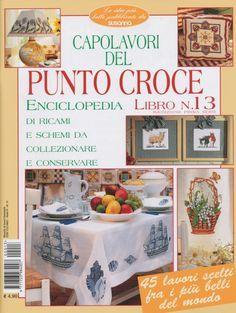 Look at the ships on the tablecloth!  Wow!  Gallery.ru / Enciclopedia de punto de Cruz 13