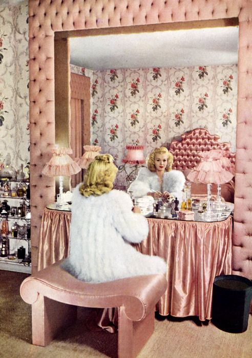 1940s vanity dressing room in perfect pinkness