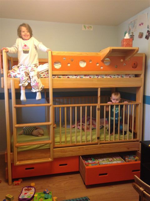 Twin over Twin with crib. So cool! Small Bunk BedsKids ... - Best 20+ Bunk Bed Crib Ideas On Pinterest Shared Baby Rooms