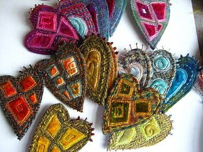 Ideas from an Etsy maker.  Harrris tweed, velvet and stitches make brooches.
