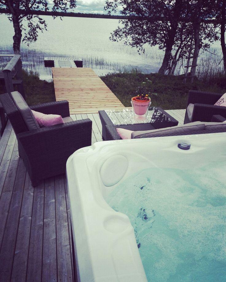 Aurora Estate, Jacuzzi, Champagne, ylläs,