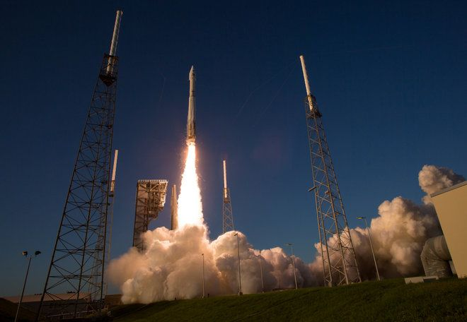 OSIRIS-REx Liftoff   >>>   The United Launch Alliance Atlas V rocket carrying NASA's OSIRIS-REx asteroid sample-return mission spacecraft lifts off from Space Launch Complex 41 at Cape Canaveral Air Force Station in Florida on Sept. 8, 2016.