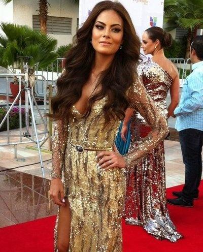 Want that hair! A mexican beauty. #ximena navarrete