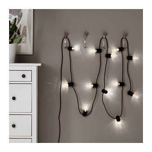 SVARTRÅ Led-lichtsnoer met 12 lampjes IKEA Geeft een gezellige, decoratieve verlichting.