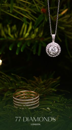 #Featured the #Seta #ring, using GALAXYXMAS get 10% off until Christmas and one of our #Diamond #necklace hanging on the #Christmas #Tree.