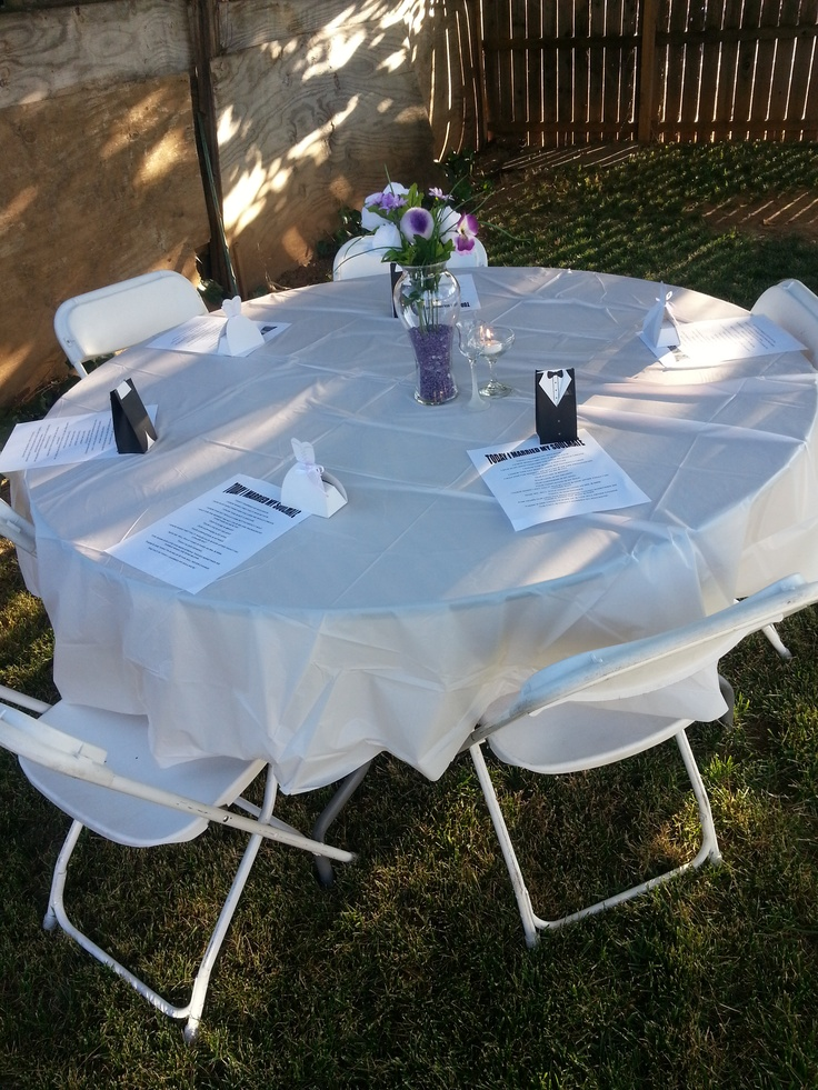 One of the guest tables with a poem & favor marking each place