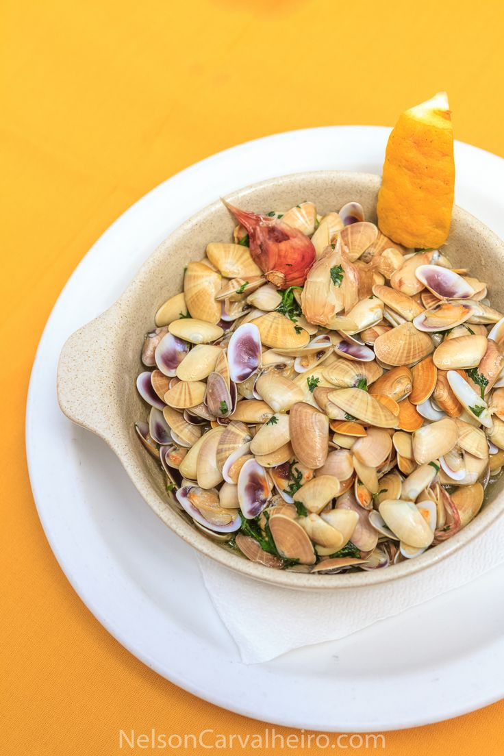 CONQUILHAS (clams) - Algarve, Portugal A foodie photography tour of Portugal – Part II