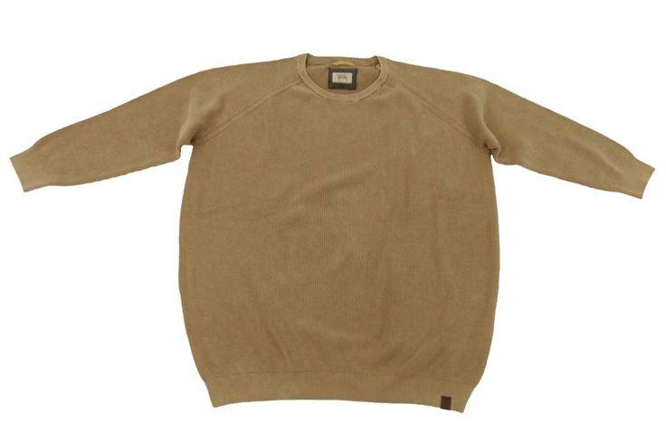 Sweter Camel Active w kolorze beżowym na wiosenne dnie. Sweter pasuje do koszuli lub koszulki polo. Dla Panów o dużych rozmiarach. Skład: 100% bawełna.