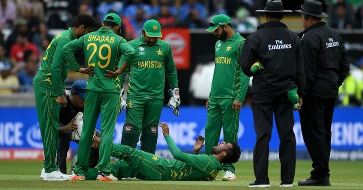 This Video Of Pakistani Fans Performing A Funeral For Their Team After India Loss Is Too Funny http://indianews23.com/blog/this-video-of-pakistani-fans-performing-a-funeral-for-their-team-after-india-loss-is-too-funny/