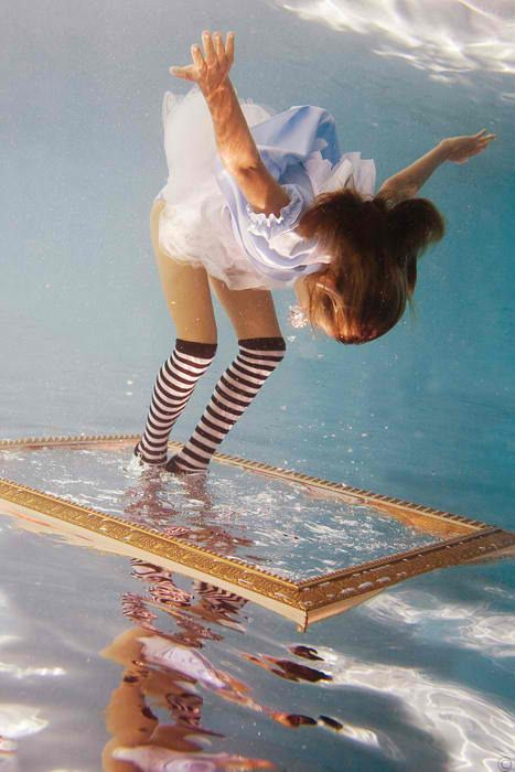 Underwater Photography - Alice in Waterland by Elena Kalis. ☀