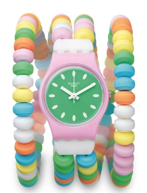 This Swatch watch from the Pastry Chefs collection looks almost edible… (click on the pic to buy…)