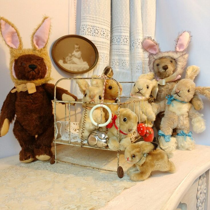 This is like the bunny rabbit nursery looks like! Find massive cuteness at ShabbyGoesLucky's!