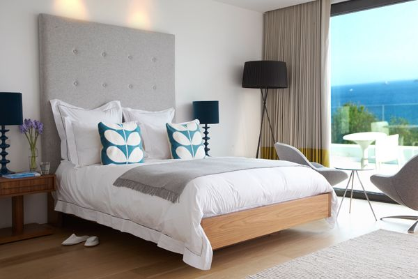 Stylish bedroom interiors at Salt House, St Ives, Cornwall.  #homedecor #holidays