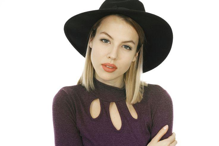 nice Girl Model Exposure Young Girl Beautiful Women's