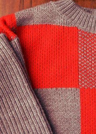 Цена: 199 грн. - Красно-серый свитер  Состав: 100% акрил Цвета: Серый, Красный. Купить в Шафа. Недорогие, но качественные товары по доступной цене!