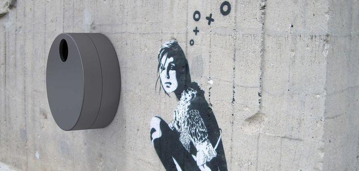 Cubo de basura en acero de pared FLOM by Metalco diseño Staubach + Kuckertz