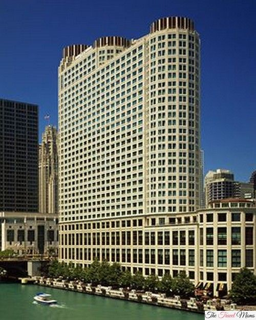 """Hotel Review: Sheraton Chicago Hotel & Towers """"Great Location, Friendly Staff"""""""