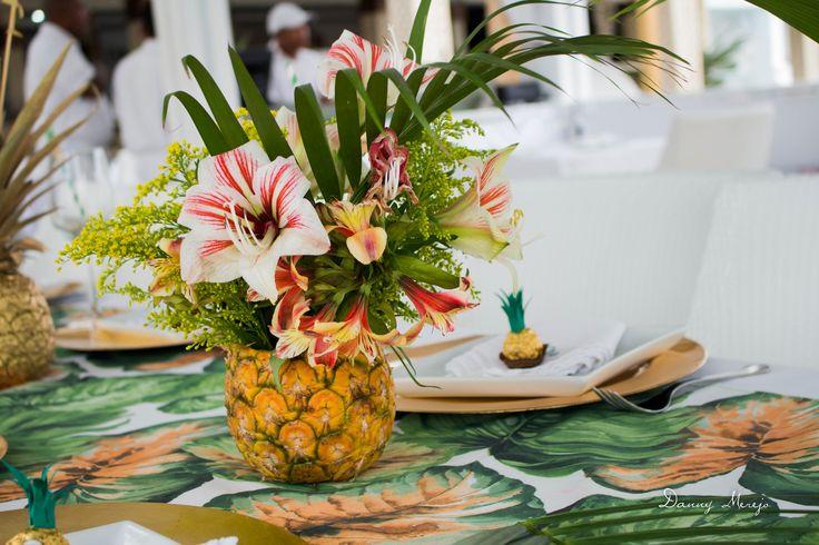 #birthday #party #tropical #table #setting #pineapple #flamingo #nakedcake #cake #naked #palm #trees #restaurant #ferrerorocher #favor #souvenir #ideas #decor #decoration #gold #centerpieces #floral #tropical