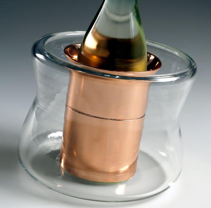 PERLAGE - Il secchiello per il ghiaccio; Design: Laura Sonzogni;  Produzione: Estro