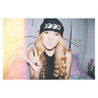 Lycia Faith's post on Vine