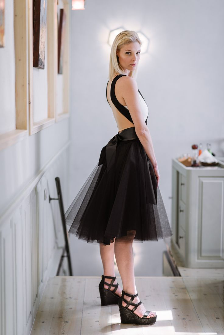 Leather platform sandals by Dolce. Clothing & accessories: www.xamamclothes.com // #fashion #chania #sandalilovemyshoes #sandals #stelioskoudounaris #lavacaloca #dolce #fashionphotography #photoshooting #tutuskirt #tutu #tutufashion #lovemyshoes #black #fashionshoes