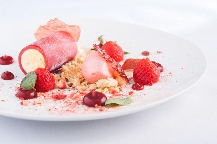 Gariguette strawberries and vanilla parfait