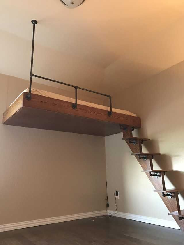DIY Loft Bed with Iron Piping and Oak - Imgur