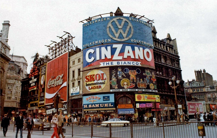 Piccadilly Circus, SOHO, LONDON, 1973.