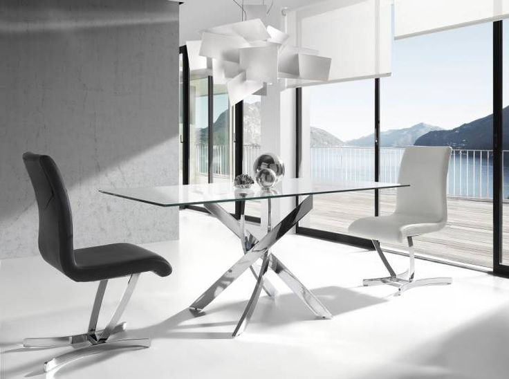 Minimalistic/chic dining room by Intense mobiliário e interiores. More modern dining tables to be discovered in this article! #diningtables #homify
