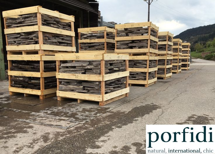 Palladium Opus Incertum in fumigated wooden crates, ready to load in ctr 20' box