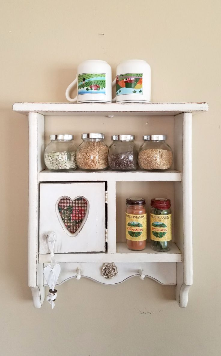 Wonderful 23 DIY Display Cases Ideas Which Makes Your Stuff More Presentable