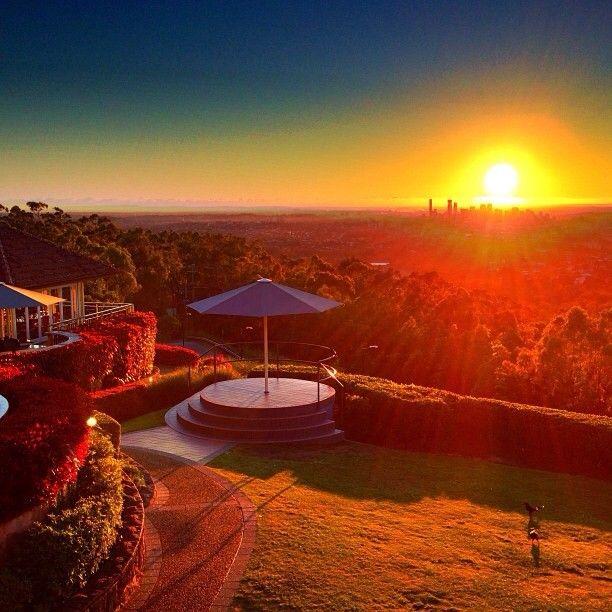 Sunrise at Mt. Coot-tha, Brisbane #Australia  by simonoconnor (instagram)
