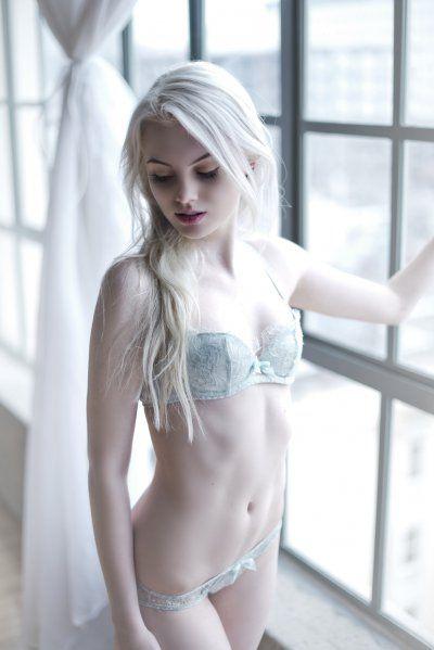 #white #hair #girl