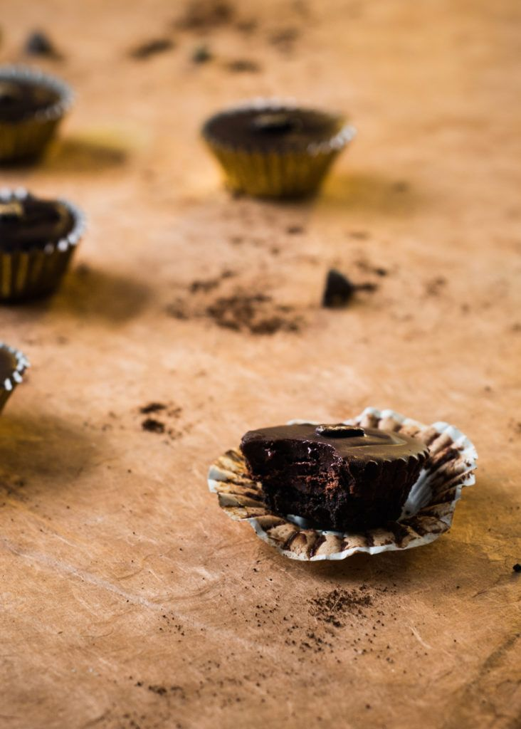 These Chocolate Espresso cups contain three things that never fail to make me swoon: metallics, dark chocolate, and sweet, soul-saving coffee.